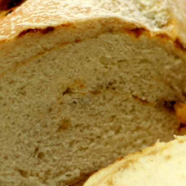 Sundried Tomato and Olive Bread Loaf